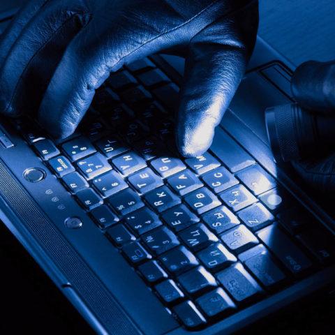hardware wallet hacking